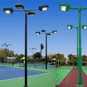 anh-cot-den-trang-tri-san-tennis