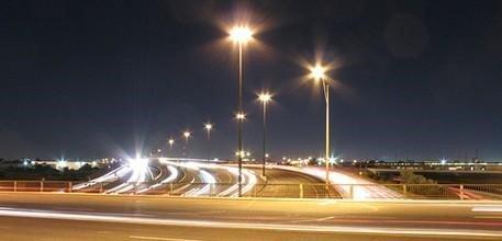 Các bạn sẽ hoàn toàn bất ngờ với sự kỳ công của chúng tôi trong việc sản xuất cột đèn đường phố DG 01
