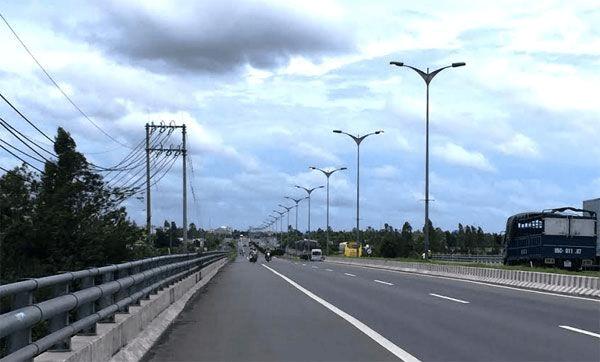 Đèn cao áp của Phan Nguyễn được sử dụng đa dạng trong nhiều không gian
