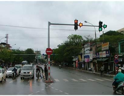 Cột đèn tín hiệu giao thông PN06 - chất lượng, giá tốt