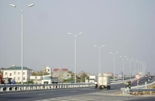 Cột thép chiếu sáng tròn côn - chất lượng bền đẹp