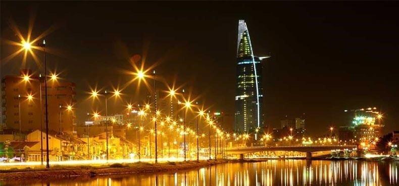 Đèn cao áp của Phan Nguyễn được sử dụng rộng rãi trong đời sống