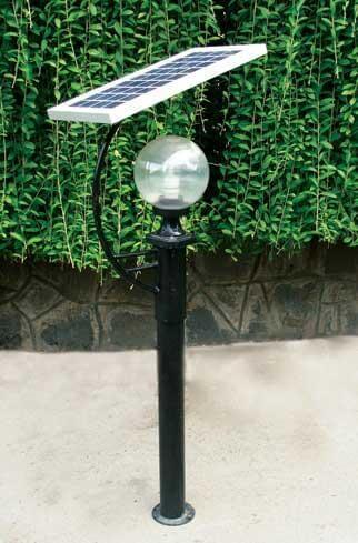 Đèn được thiết kế với kiểu dáng tinh tế, đơn giản nhưng sang trọng và mang tính thẩm mỹ cao.