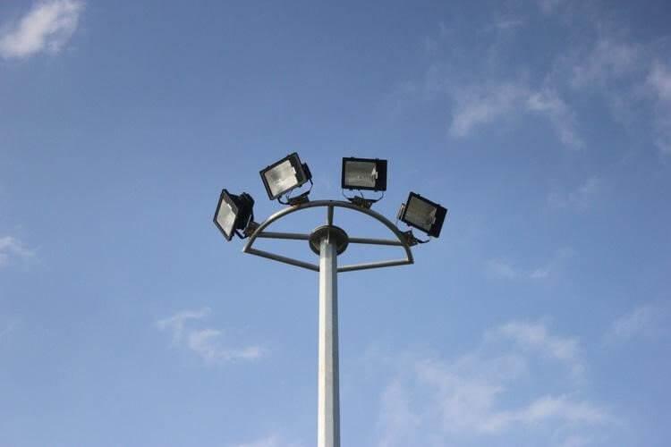 Cột đèn cao áp liền cần hay rời cần cũng đều cần phải có thông số kỹ thuật đạt chuẩn