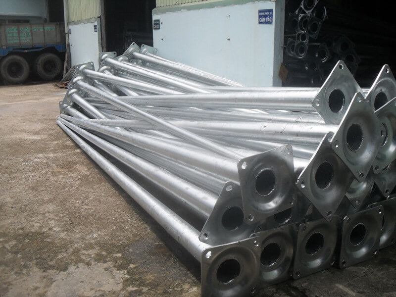 Phan Nguyễn - Sản xuất cột đèn cao áp chất lượng