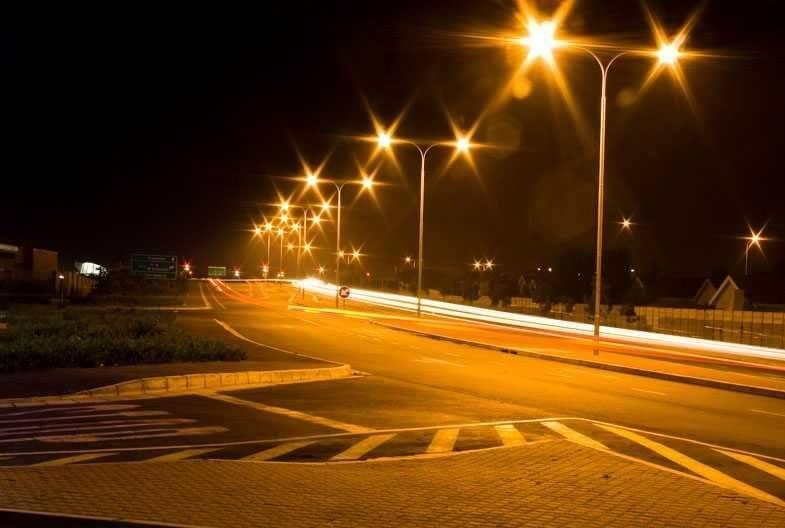 Đèn MERCURY thường xuyên được sử dụng cho hệ thống chiếu sáng đô thị
