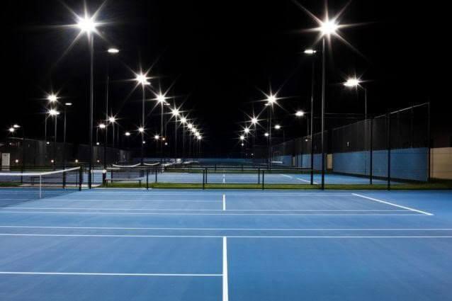 Đèn đường Led 200W có ánh sáng chân thực, soi rõ các vật vào ban đêm