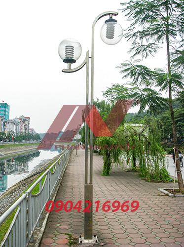 Cột đèn sân vườn DC10X
