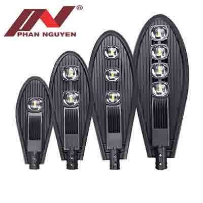 Phan Nguyễn - đơn vị sản xuất và phân phối đèn đường ở tphcm chất lượng cao