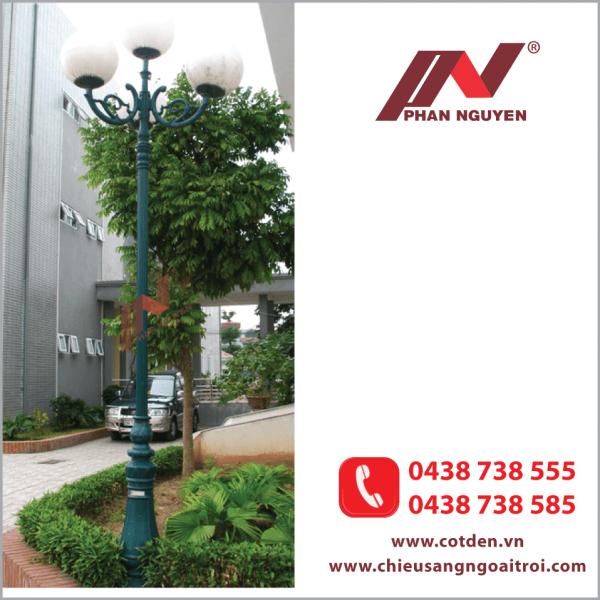 Cột đèn sân vườn DC06 đế gang, thân nhôm định hình cao 2,9m