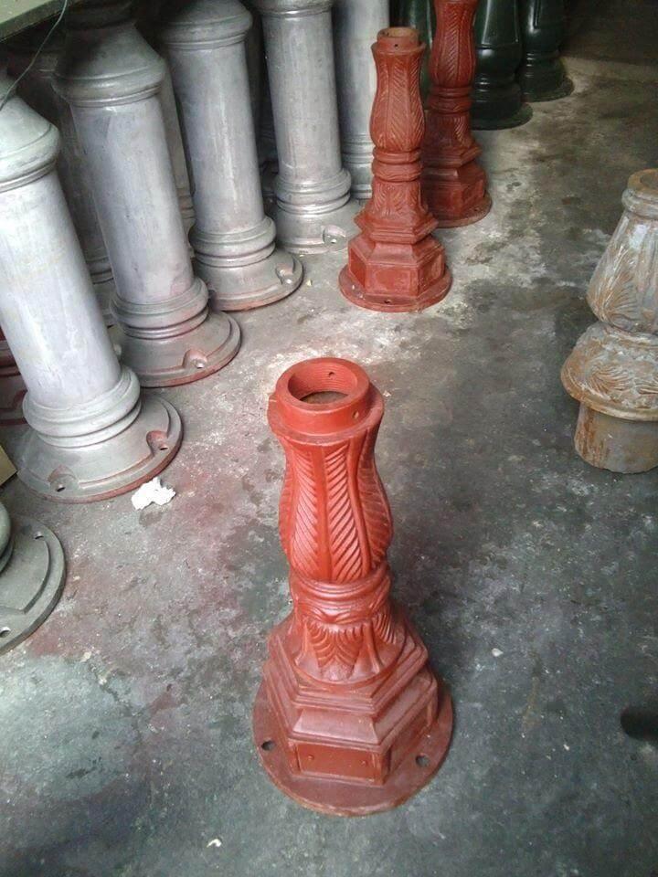 Đế cột đèn được làm từ gang cao cấp bền đẹp