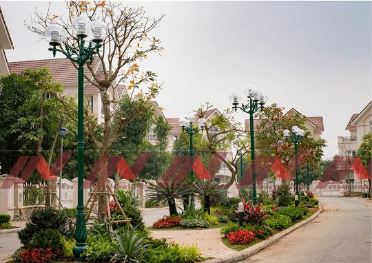 Cột đèn sân vườn DC06 đế gang, thân nhôm định hình cao 3m