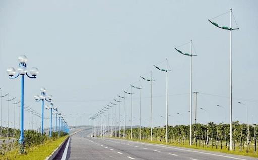 Sử dụng cột đèn cao áp chiếu sáng cho đường cao tốc tại Long An