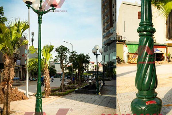 Cột sân vườn Banian tay chùm 4 bóng