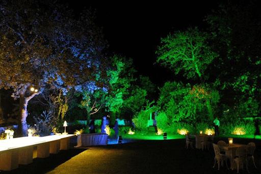 Mua đèn sân vườn nhanh chóng, an toàn và tiết kiệm thời gian.