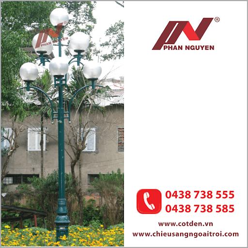 Cột đèn sân vườn DC20 làm bằng thép mạ kẽm nhúng nóng lắp 7 bóng