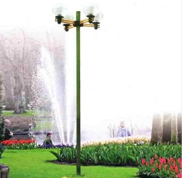 Cột đèn cho không gian sân vườn Arlequin