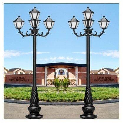 Cột đèn sân vườn do Phan Nguyễn cung cấp