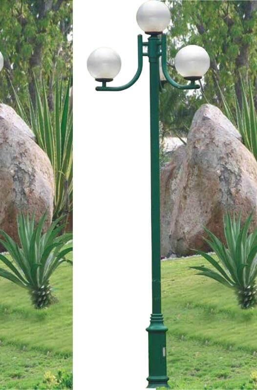 Cột đèn trang trí sân vườn PINE không chỉ phù hợp để chiếu sáng sân vườn