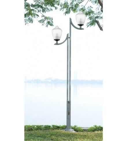 Cột sân vườn làm bằng thép lắp 2 bóng phù hợp mọi không gian sử dụng