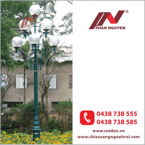 Cột đèn sân vườn DC20 làm bằng thép lắp 5 bóng