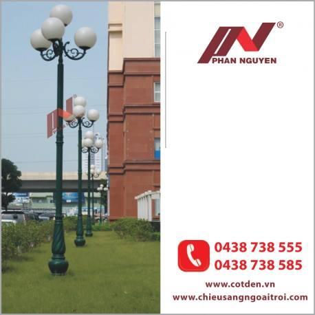 Cột đèn sân vườn Banian DC07 – đế gang thân nhôm lắp tay chùm CH08 – 3 bóng