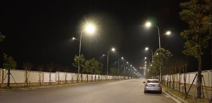 Ánh sáng từ đèn led hạn chế chói mắt cho người tham gia giao thông