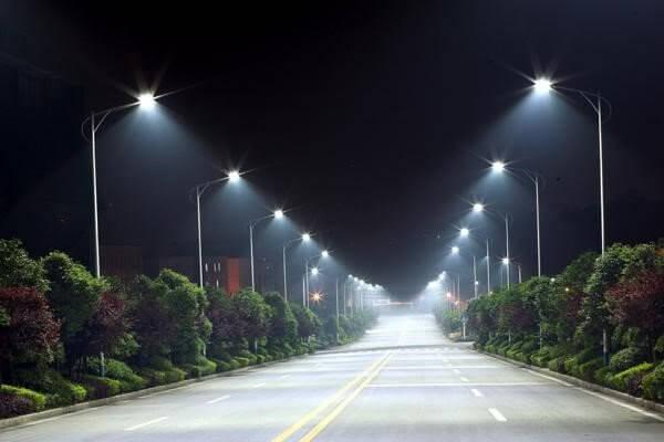 Đèn led chiếu sáng được dùng phổ biến hiện nay
