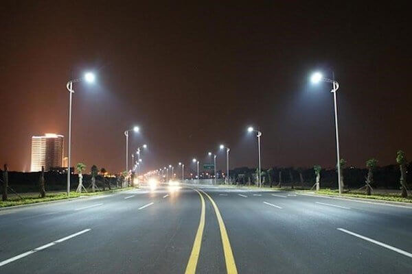 Nhờ đèn Led PNL15 - 200W, mọi công trình đều được chiếu sáng hoàn hảo, nâng cao thẩm mỹ đô thị
