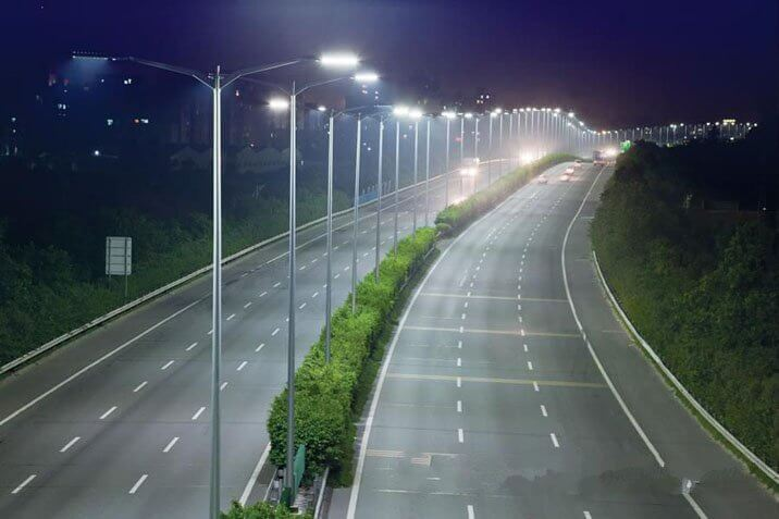 Đèn đường led 120w được sử dụng rộng rãi trong chiếu sáng đường phố