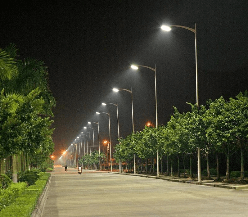 Ánh sáng vàng phát ra từ đèn Led đường 40w thân thiện với thị giác và môi trường.