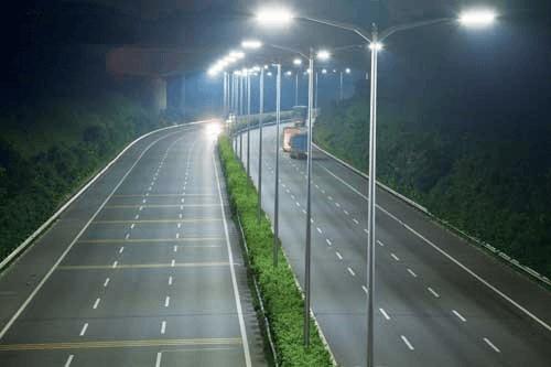 Đèn đường led 50W là lựa chọn hàng đầu ở nhiều đô thị