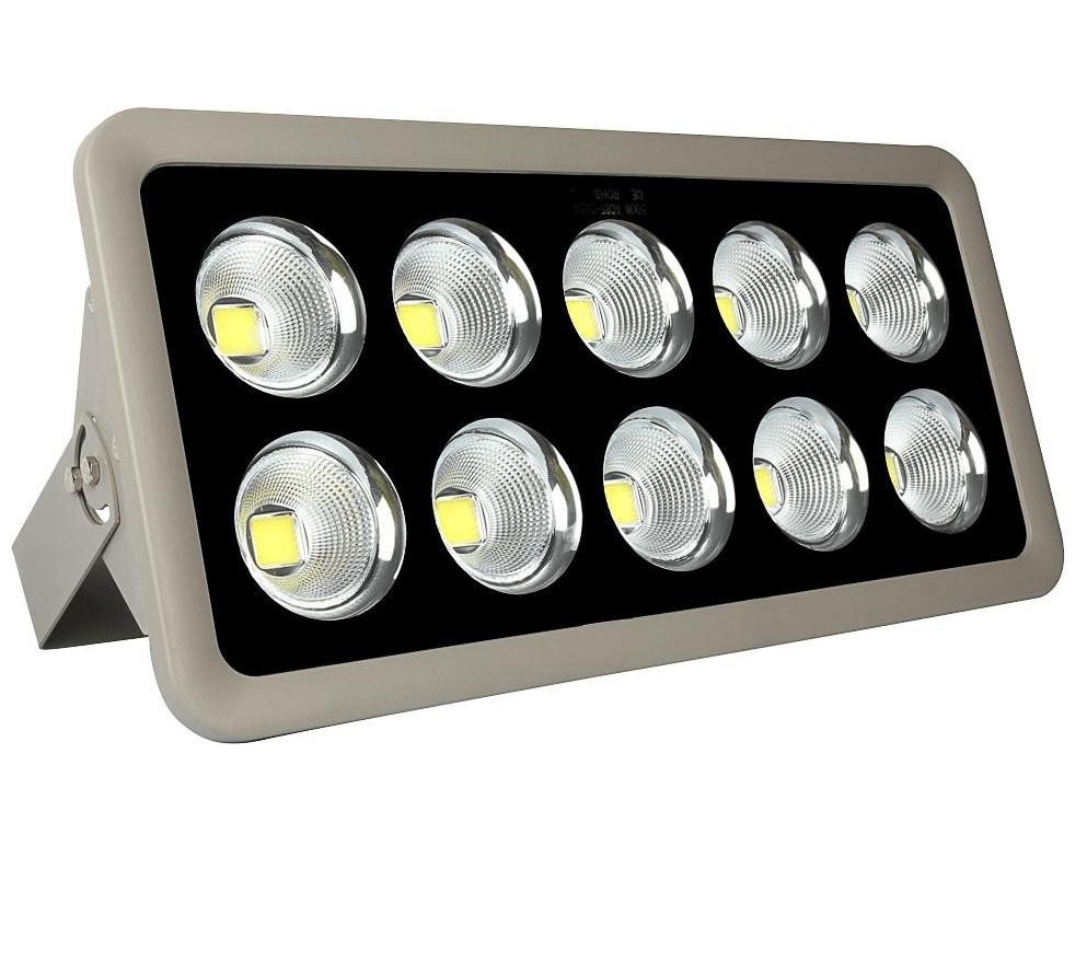 Sản phẩm đèn đường led công suất 500W