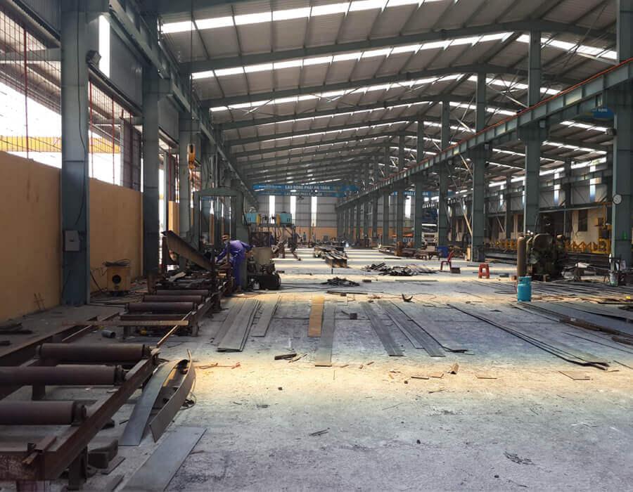 nhà máy sản xuất cột đèn
