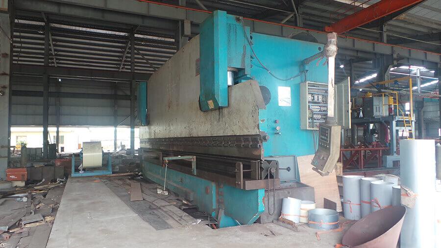 máy sản xuất cột đèn đường