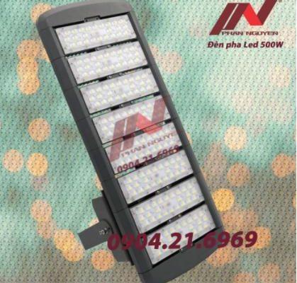 Tổng hợp mẫu Đèn sử dụng cho sân bóng chuyền