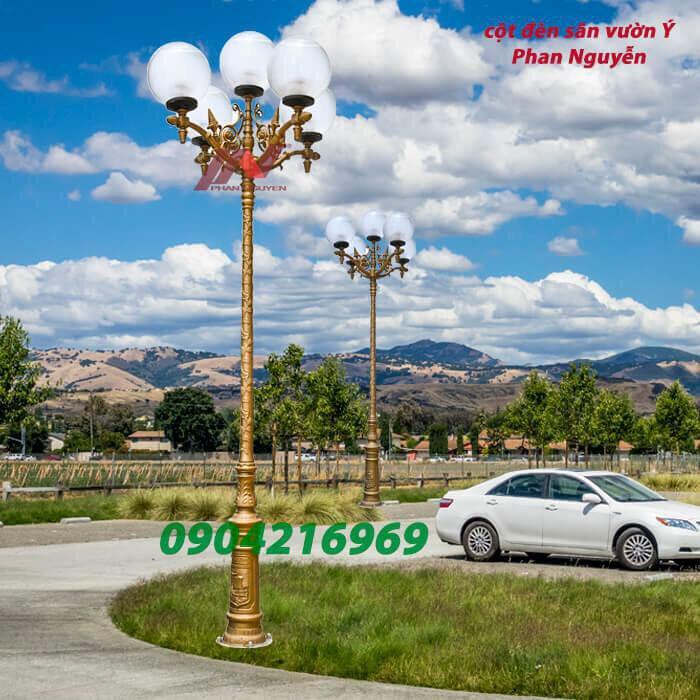 Cột đèn sân vườn có thiết kế đa dạng