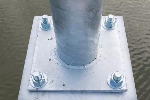 Phần chân đế cột đèn